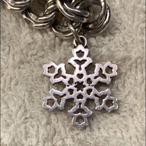 JAMES AVERY SNOW FLAKES CHARM!